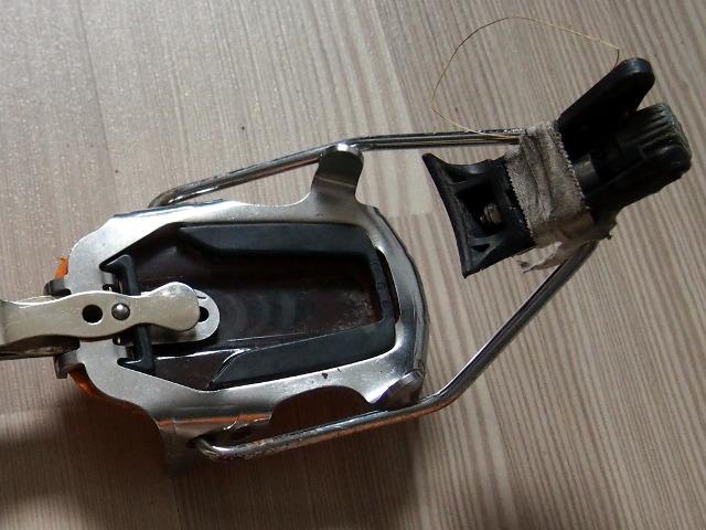 black-diamond-cyborg-crampons-heel-strap.jpg