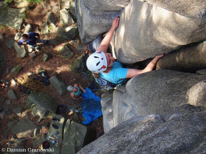 trad-climbing-in-rudawy-janowickie-poland.jpg